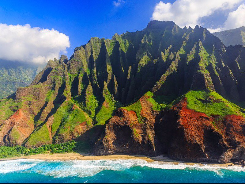10 Of The Most Incredible Places To Visit In Hawaii