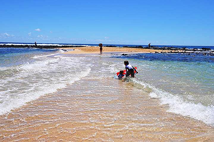 poipu-play-beach