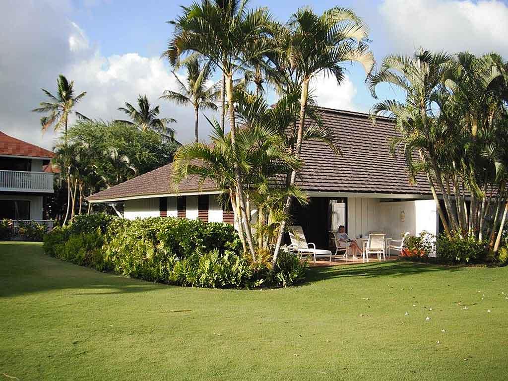 kiahuna-beachhouse-unit-166-building